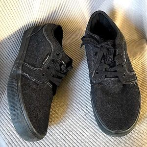 AIRWALK classic old school dark denim sneaker shoe